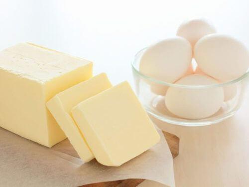 卵とバター