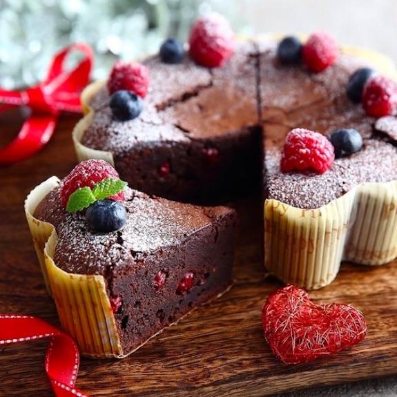 花型チョコレートケーキ