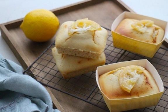 カップで作るレモンケーキ