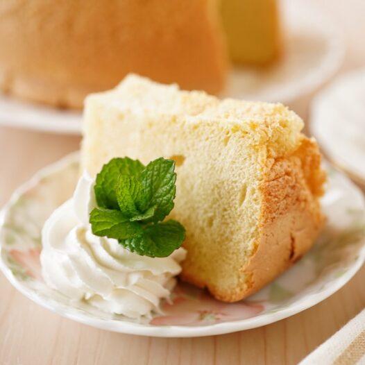 【保存版】失敗しない!ふわふわシフォンケーキのカット方法